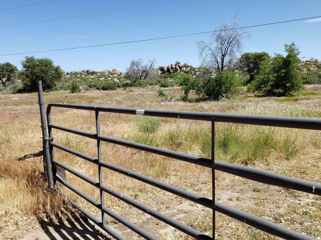 17563 W Foothill Road, Yarnell, AZ 85362 (MLS #6082144) :: neXGen Real Estate