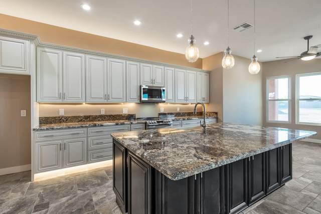 16822 W Rancho Laredo Drive, Surprise, AZ 85387 (MLS #6112881) :: Brett Tanner Home Selling Team