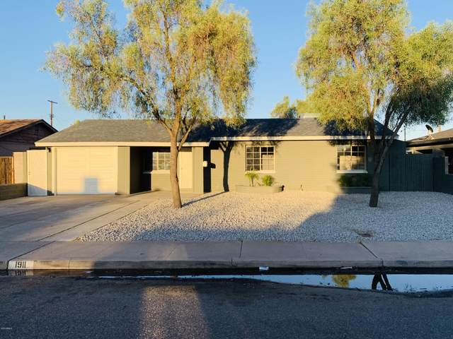 1911 N 24TH Place, Phoenix, AZ 85008 (MLS #6115183) :: Brett Tanner Home Selling Team