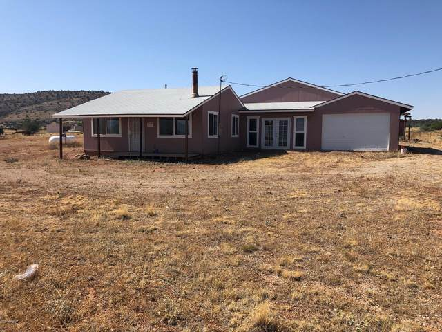 500 Gypsy Girls Road, Seligman, AZ 86337 (MLS #6131337) :: The Everest Team at eXp Realty