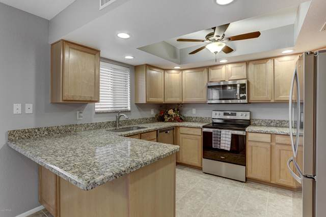 12222 N Paradise Village Parkway S #127, Phoenix, AZ 85032 (MLS #6146856) :: Walters Realty Group