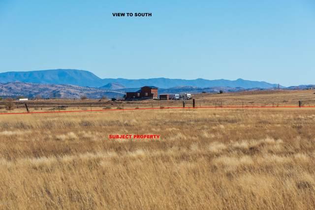 25655 N Trinity Ranch Road, Paulden, AZ 86334 (MLS #6160376) :: Yost Realty Group at RE/MAX Casa Grande