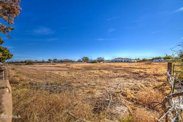 3351 S Eagle Drive, Chandler, AZ 85286 (MLS #6181553) :: The Dobbins Team