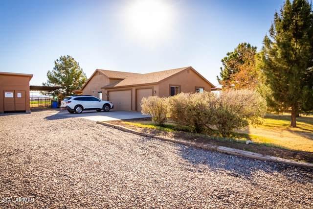 8913 S 213TH Drive, Buckeye, AZ 85326 (MLS #6189063) :: Yost Realty Group at RE/MAX Casa Grande