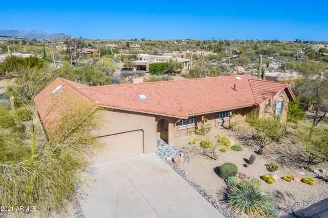 2044 E Smoketree Drive, Carefree, AZ 85377 (MLS #6191475) :: Yost Realty Group at RE/MAX Casa Grande