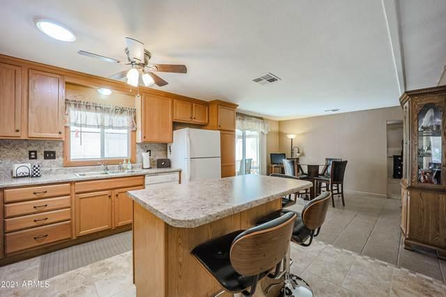 2330 N Floyd Drive, Mesa, AZ 85215 (MLS #6193183) :: Yost Realty Group at RE/MAX Casa Grande