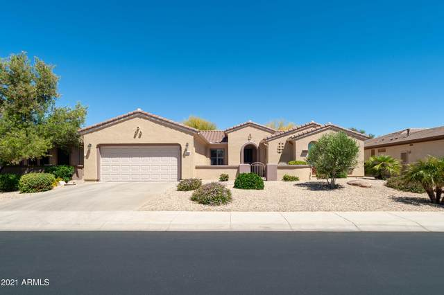 17934 W Tierra Del Sol Drive, Surprise, AZ 85387 (MLS #6211625) :: Long Realty West Valley