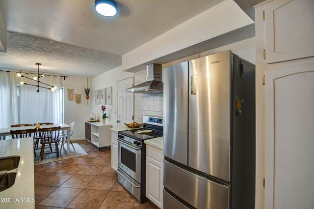 5630 S Admiralty Court C, Tempe, AZ 85283 (MLS #6212404) :: Yost Realty Group at RE/MAX Casa Grande