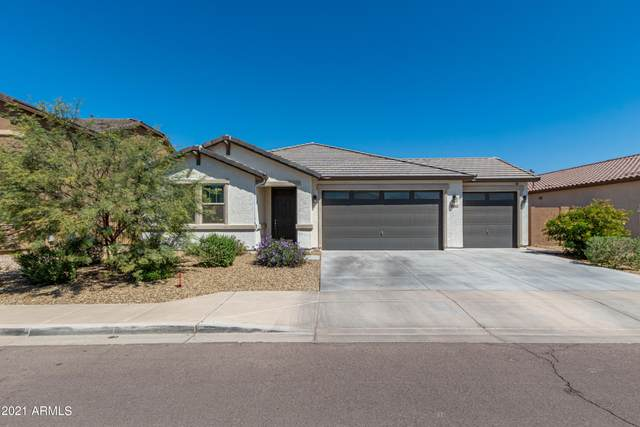 8024 W Encinas Lane, Phoenix, AZ 85043 (MLS #6213884) :: Yost Realty Group at RE/MAX Casa Grande