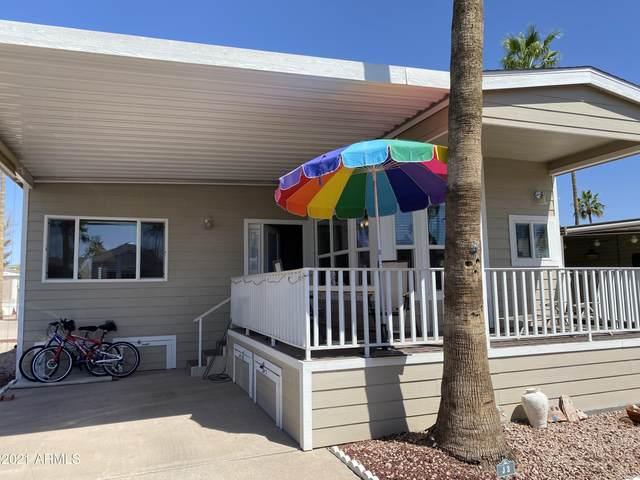 5055 E University Drive J3, Mesa, AZ 85205 (MLS #6215130) :: The Daniel Montez Real Estate Group