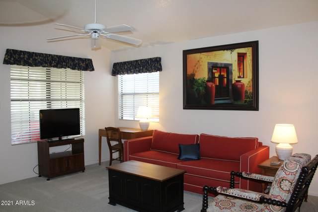 6885 E Cochise Road #211, Paradise Valley, AZ 85253 (MLS #6219168) :: The Daniel Montez Real Estate Group