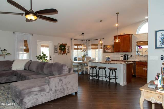 5839 E Ellis Street, Mesa, AZ 85205 (MLS #6220003) :: Yost Realty Group at RE/MAX Casa Grande