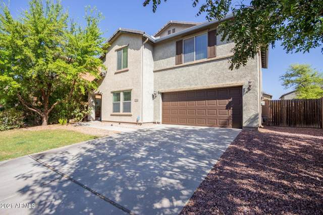 8032 W Rushmore Way, Florence, AZ 85132 (MLS #6221322) :: The Luna Team