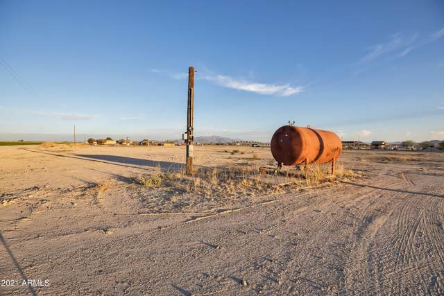 5240 S Rainbow Road, Buckeye, AZ 85326 (MLS #6222178) :: Sheli Stoddart Team | M.A.Z. Realty Professionals