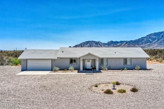 4904 S Burro Drive, Sierra Vista, AZ 85650 (MLS #6228244) :: Yost Realty Group at RE/MAX Casa Grande