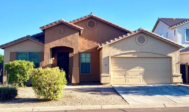 3275 E Cowboy Cove Trail, San Tan Valley, AZ 85143 (MLS #6229040) :: My Home Group