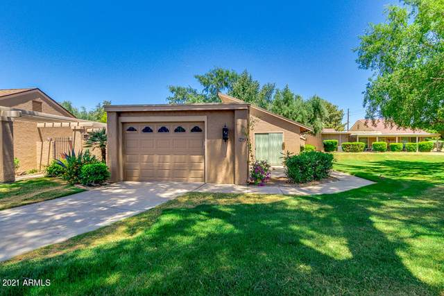 56 Leisure World, Mesa, AZ 85206 (MLS #6232086) :: Maison DeBlanc Real Estate