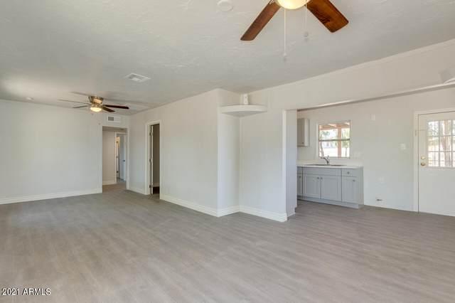 5232 S 11TH Avenue, Phoenix, AZ 85041 (MLS #6233411) :: Conway Real Estate