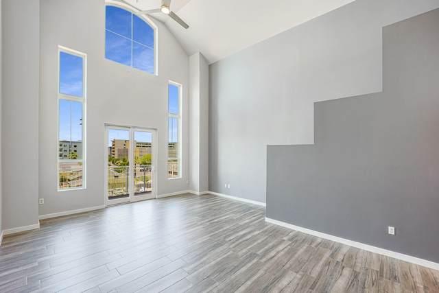 215 E Mckinley Street #404, Phoenix, AZ 85004 (MLS #6236733) :: Walters Realty Group