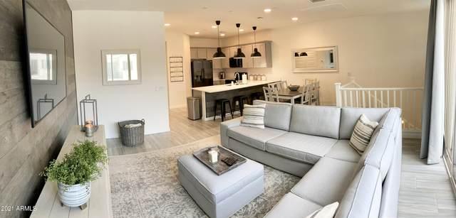 4065 E Toledo Street #102, Gilbert, AZ 85295 (MLS #6245940) :: Yost Realty Group at RE/MAX Casa Grande