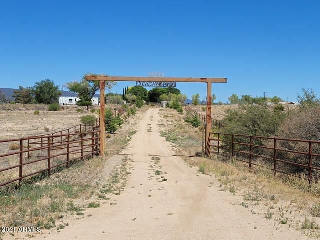 6655 S Iron Springs Road, Skull Valley, AZ 86338 (MLS #6249028) :: Yost Realty Group at RE/MAX Casa Grande