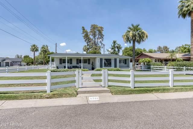 4202 E Cheery Lynn Road, Phoenix, AZ 85018 (MLS #6254005) :: CANAM Realty Group