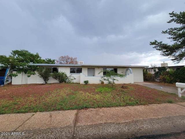 541 S 1ST Street, Sierra Vista, AZ 85635 (MLS #6254030) :: Yost Realty Group at RE/MAX Casa Grande