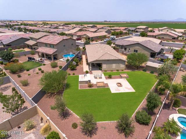327 W Flame Tree Avenue, San Tan Valley, AZ 85140 (MLS #6265114) :: CANAM Realty Group