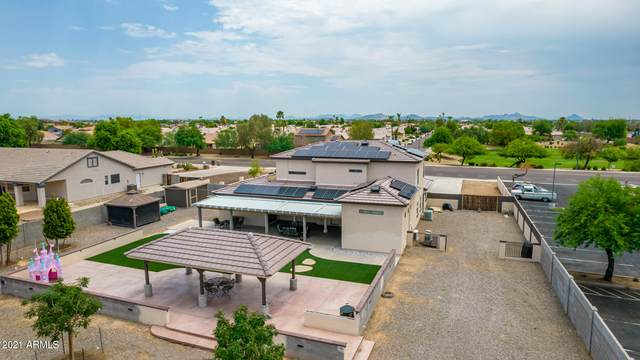 9102 N 87TH Avenue, Peoria, AZ 85345 (MLS #6266672) :: Yost Realty Group at RE/MAX Casa Grande