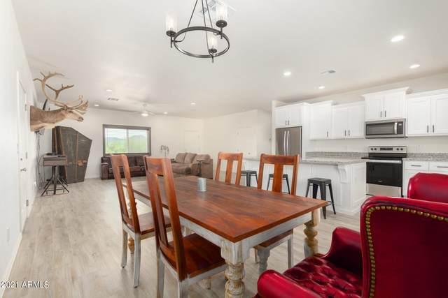 12228 S 212TH Avenue, Buckeye, AZ 85326 (MLS #6300105) :: neXGen Real Estate