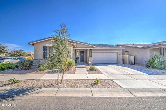 22545 E Silver Creek Lane, Queen Creek, AZ 85142 (MLS #6302170) :: Yost Realty Group at RE/MAX Casa Grande
