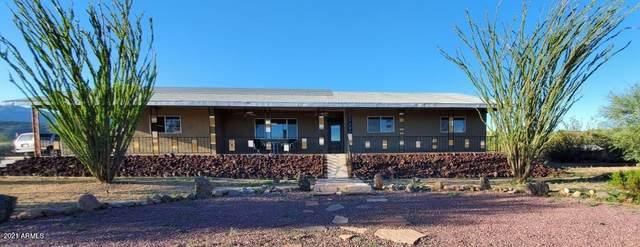 19080 E Indian Hills Drive, Black Canyon City, AZ 85324 (MLS #6310165) :: Keller Williams Realty Phoenix