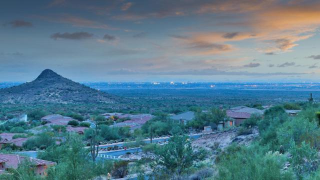 9646 N Jagged Circle, Fountain Hills, AZ 85268 (MLS #5620978) :: Yost Realty Group at RE/MAX Casa Grande