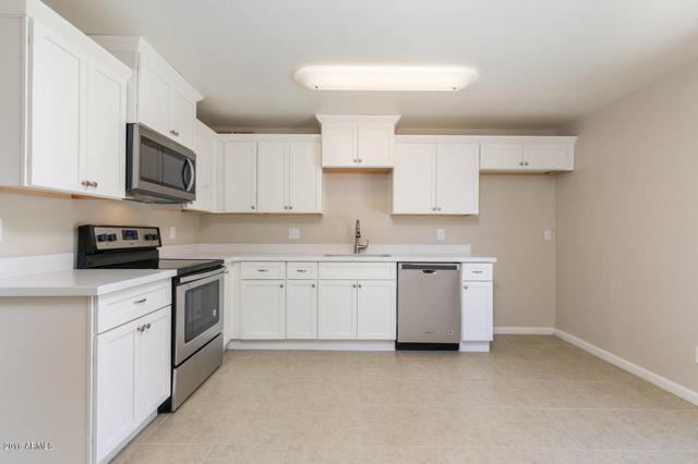 3438 E Everett Drive, Phoenix, AZ 85032 (MLS #5760246) :: My Home Group