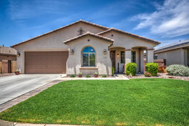 340 W Yellow Wood Avenue, Queen Creek, AZ 85140 (MLS #5776460) :: Occasio Realty