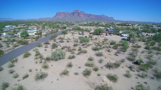 2800 E Foothill Street, Apache Junction, AZ 85119 (MLS #5811541) :: Yost Realty Group at RE/MAX Casa Grande