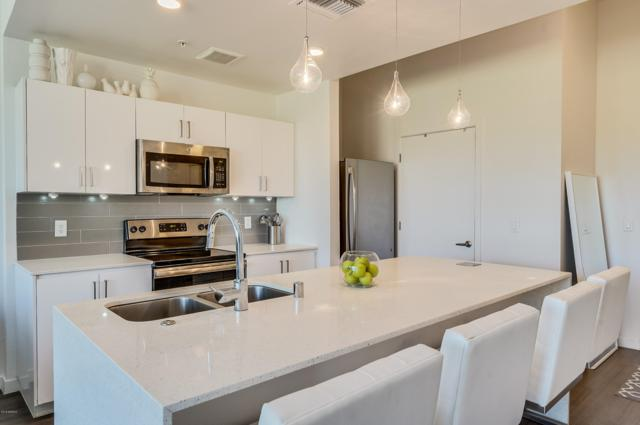 1130 N 2ND Street #201, Phoenix, AZ 85004 (MLS #5814039) :: The Wehner Group