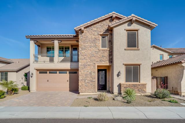 104 E Prescott Drive, Chandler, AZ 85249 (MLS #5822763) :: The W Group