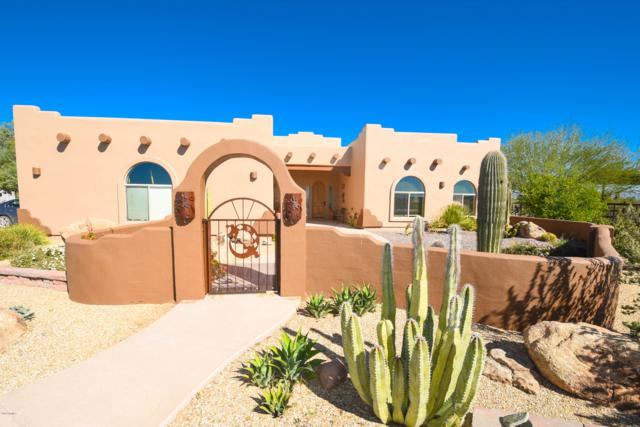 22395 W El Grande Trail, Wickenburg, AZ 85390 (MLS #5843657) :: Yost Realty Group at RE/MAX Casa Grande