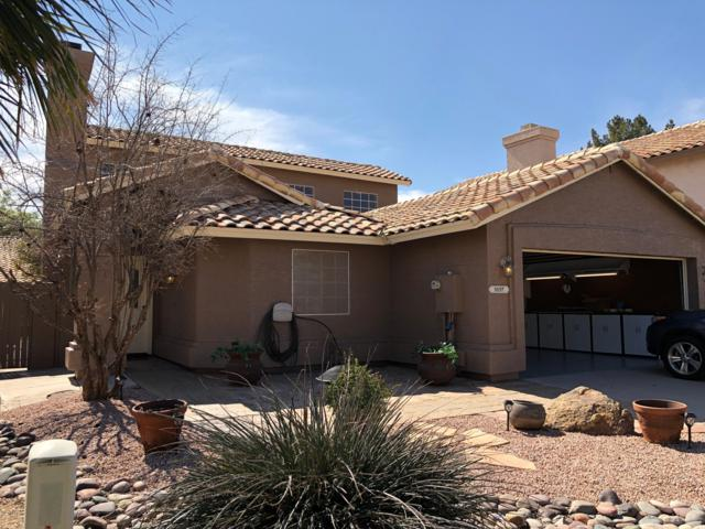 3157 W Golden Lane, Chandler, AZ 85226 (MLS #5855141) :: Devor Real Estate Associates