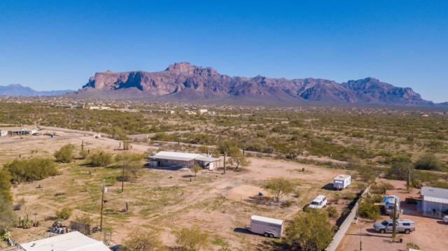 1686 S Goldfield Road, Apache Junction, AZ 85119 (MLS #5881043) :: Yost Realty Group at RE/MAX Casa Grande