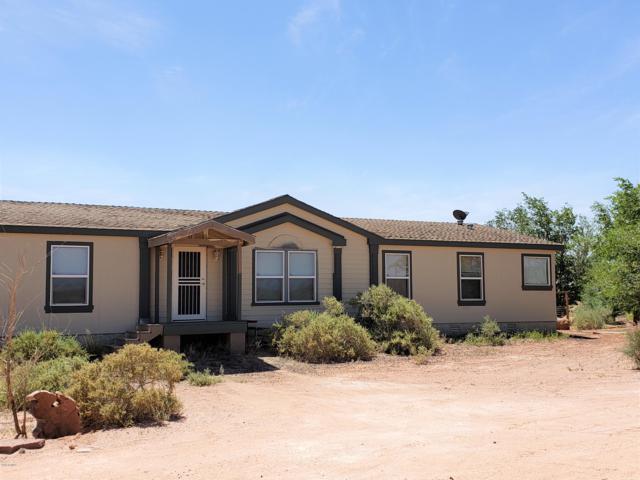 44246 Ranch Land Road, Winslow, AZ 86047 (MLS #5927308) :: Yost Realty Group at RE/MAX Casa Grande