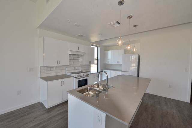 1130 N 2nd Street #205, Phoenix, AZ 85004 (MLS #5947216) :: Kortright Group - West USA Realty