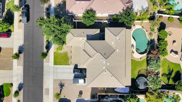 18525 E Oak Hill Lane, Queen Creek, AZ 85142 (MLS #6076622) :: My Home Group