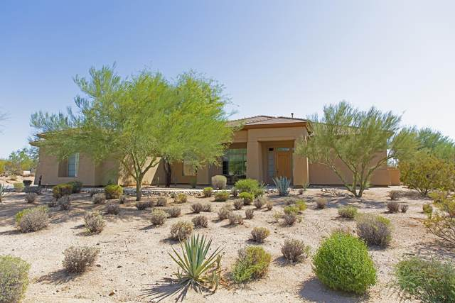 5755 Old Paint Trail, Carefree, AZ 85377 (MLS #6121946) :: Long Realty West Valley