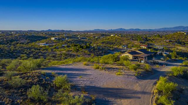 1140 Mountain Ridge (325Th Ave) Avenue, Wickenburg, AZ 85390 (MLS #6145718) :: Lucido Agency