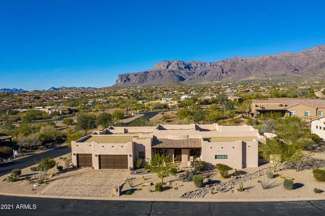 10702 E Copa Del Oro Lane, Gold Canyon, AZ 85118 (MLS #6181638) :: Sheli Stoddart Team | M.A.Z. Realty Professionals