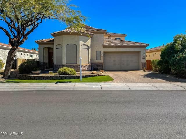 3033 N 50TH Street, Phoenix, AZ 85018 (MLS #6194417) :: Zolin Group