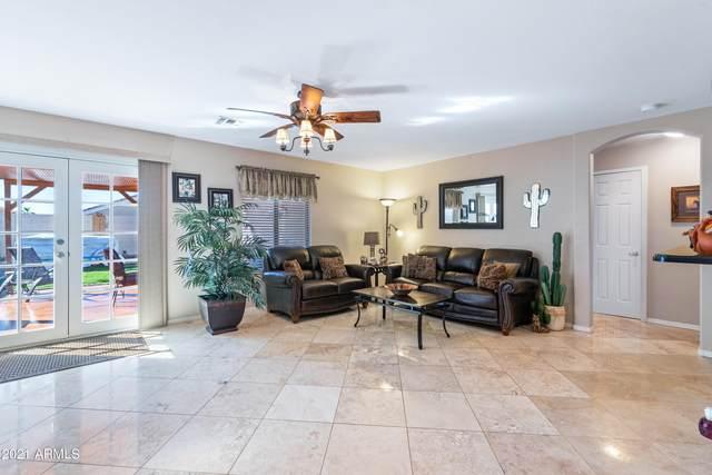 1175 W 17TH Avenue, Apache Junction, AZ 85120 (MLS #6199097) :: Yost Realty Group at RE/MAX Casa Grande