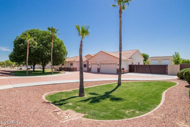 18429 W Bethany Home Road, Litchfield Park, AZ 85340 (MLS #6212729) :: Yost Realty Group at RE/MAX Casa Grande